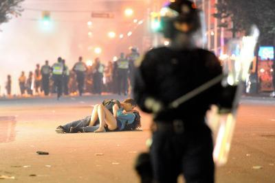 Couple Kisses During Vancouver Riot after the Canucks' NHL Championship Loss: June 15 2011