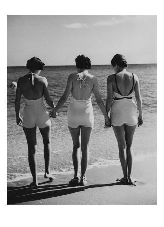 Vogue - May 1935 - Hand-in-Hand