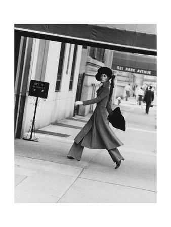 Vogue - August 1968 - Windsor Elliot, 1968