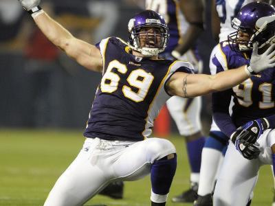 Colts Vikings Football: Minneapolis, MINNESOTA - Jared Allen