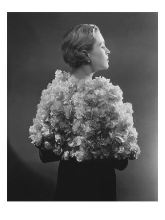 Vogue - May 1934 - Carnation Cape by Augustabernard