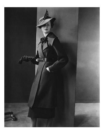 Vogue - August 1934 - Woman in Black Coat