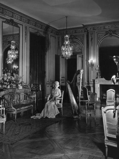 Vogue November 1941 Grace Wilson Vanderbilt Premium