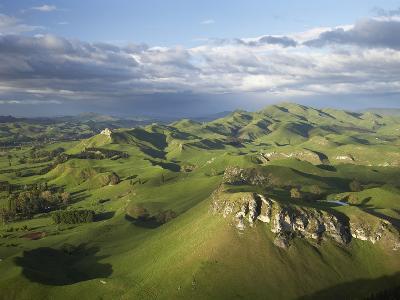 Kohinurakau Range and Mount Erin, Hawkes Bay, North Island, New Zealand