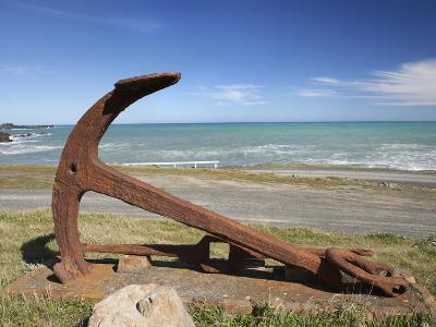 Anchor from the Barque Ben Avon, Shipwrecked in 1903, Ngawi, Wairarapa, North Island, New Zealand