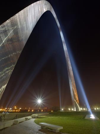 St. Louis Gateway Arch at Dusk, St. Louis, Missouri, Usa