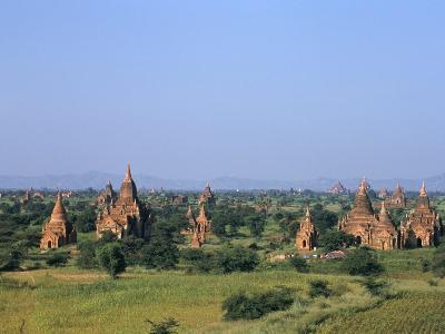 Buddhist Temples, Bagan (Pagan) Archaeological Site, Myanmar (Burma), Asia
