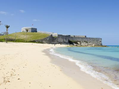 Gate's Bay (St. Catherine's Beach) With Fort St. Catherine in Background, Bermuda