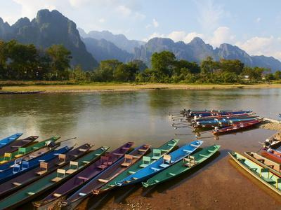 Nam Song River, Vang Vieng, Vientiane Province, Laos, Indochina, Southeast Asia, Asia