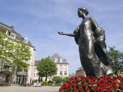 Statue of the Duchess of Luxembourg, Old Town, Luxembourg City, Grand Duchy of Luxembourg, Europe
