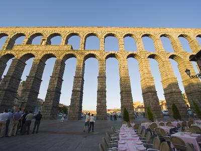 Restaurant Under the 1St Century Roman Aqueduct, Segovia, Madrid, Spain, Europe
