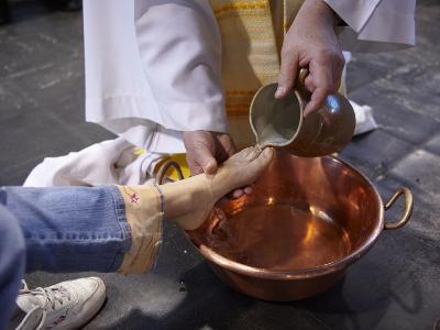 Feet Washing Ritual During Maundy Thursday Celebration in a Catholic Church, Paris, France, Europe