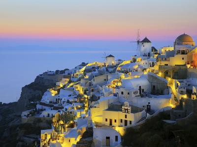 Village of Oia, Santorini (Thira), Cyclades Islands, Aegean Sea, Greek Islands, Greece, Europe