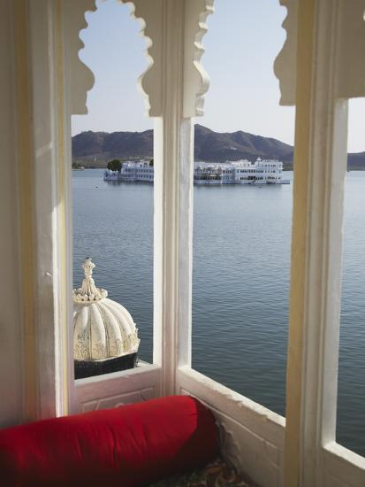 View of Lake Palace Hotel From Jagat Niiwas Palace Hotel, Udaipur, Rajasthan Home Design View on ahmedabad homes, south india homes, assam homes, delhi homes, south asia homes, bangalore homes, juhu homes, north india homes, darjeeling homes,