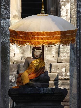 Buddha Statue at Bayon Temple, Angkor, Siem Reap, Cambodia, Indochina, Southeast Asia, Asia