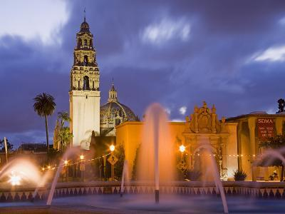 Fountain and Museum of Man in Balboa Park, San Diego, California