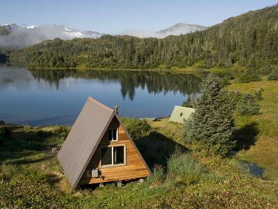 Us Forest Service Cabin, Shrode Lake, Prince William Sound, Alaska, USA