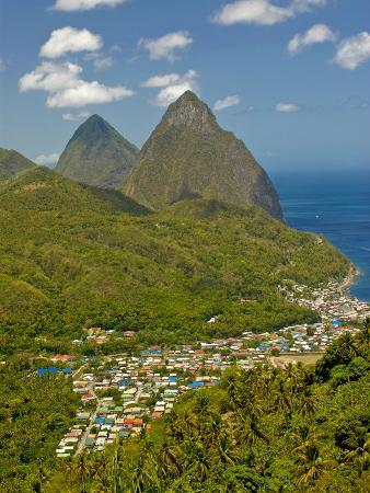 Les Pitons, Soufriere, St. Lucia, Windward Islands, West Indies, Caribbean, Central America
