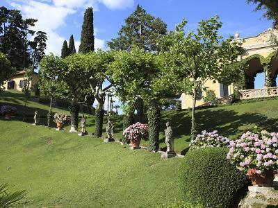 Garden of the Villa Balbianello, Lenno, Lake Como, Lombardy, Italy, Europe