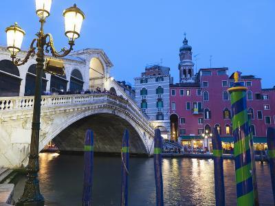 Rialto Bridge on the Grand Canal, Venice, UNESCO World Heritage Site, Veneto, Italy, Europe