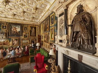 A Statue of King James Dominates a Lavish Room in Hatfield Palace
