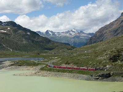 The Glacier Express Train Near St. Moritz, Canton Graubunden, Swiss Alps, Swiitzerland, Europe