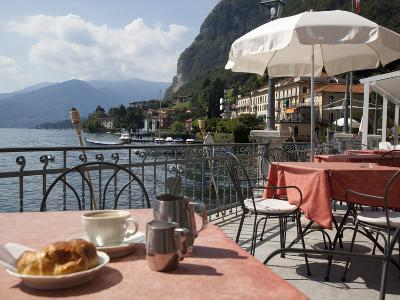 Town and Lakeside Cafe, Menaggio, Lake Como, Lombardy, Italian Lakes, Italy, Europe