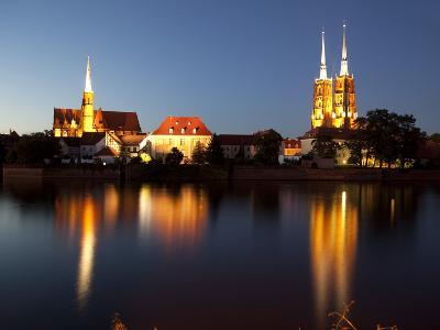 Cathedral and River Odra (River Oder), Old Town, Wroclaw, Silesia, Poland, Europe
