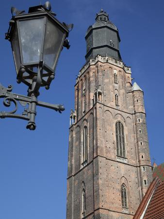 St. Elisabeth Church and Lamp, Old Town, Wroclaw, Silesia, Poland, Europe