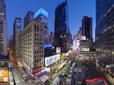 Broadway Looking Towards Times Square, Manhattan, New York City, New York, United States of America