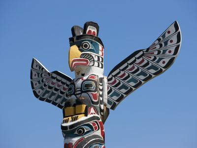 The Top of a Totem Pole, Stanley Park, Vancouver, British Columbia, Canada, North America
