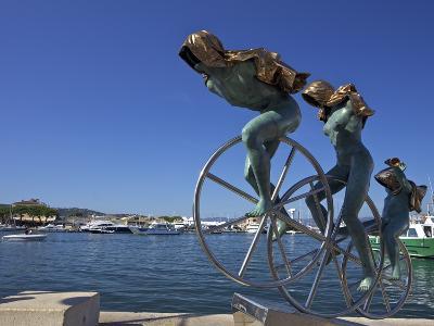 Sisyphus Sculpture, by Anna Chromy, Seafront, St. Tropez, Var, Provence, Cote D'Azur, France, Medit