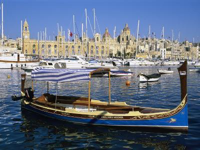 View across Dockyard Creek to Maritime Museum on Vittoriosa with Traditional Boat, Senglea, Malta,