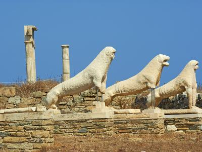 Statues on the Lion Terrace, Delos, UNESCO World Heritage Site, Cyclades Islands, Greek Islands, Gr