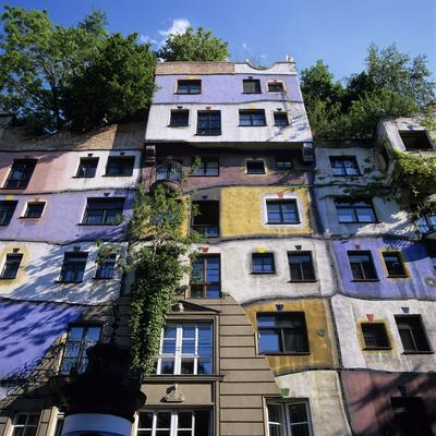 Hundertwasserhaus (Antitraditional Architecture), Vienna, Austria, Europe
