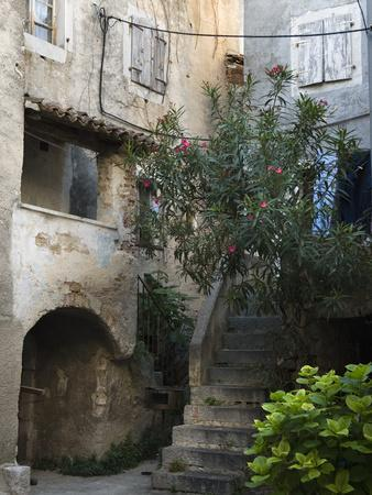 Courtyard in Back Alleyway of Old Town, Cres Town, Cres Island, Kvarner Gulf, Croatia, Europe