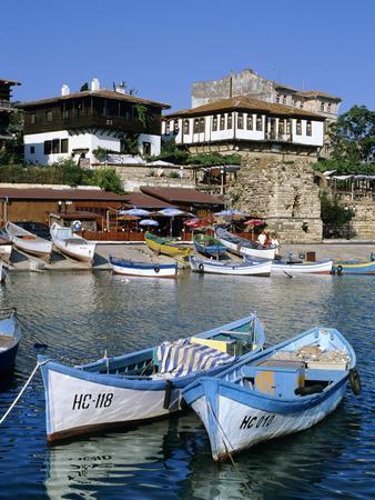 Old Town and Fishing Harbour, Nesebur (Nessebar), Black Sea Coast, Bulgaria, Europe
