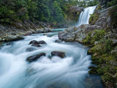 Tawhai Falls, Tongariro National Park, UNESCO World Heritage Site, North Island, New Zealand, Pacif