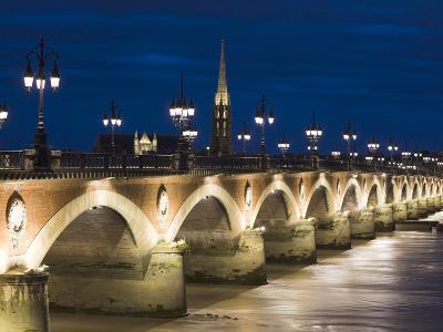 Eglise St-Michel, Garonne River, Pont De Pierre Bridge, Bordeaux, Aquitaine Region, France