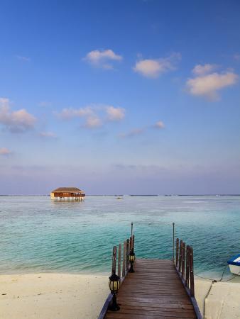 Maldives, Meemu Atoll, Medhufushi Island, Luxury Resort, Overwater Bungalows
