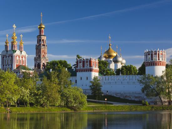 Картинки по запросу novodevichy monastery