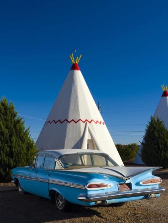 USA, Arizona, Holbrook, Route 66, Wigwam Motel, Chevrolet Impala