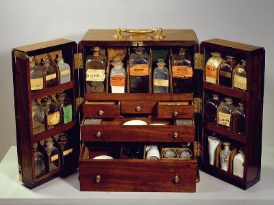 Travelling Pharmacy, C.1820 (Mahogany)