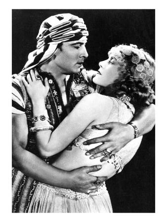 Rudolf Valentino as Ahmed and Vilma Banky as Yasmin in 'son of the Sheik' 1926, C.1930 (B/W Photo)