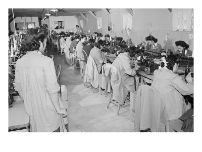 Sumiko Shigematsu, Foreman of Power Sewing Machine Girls,
