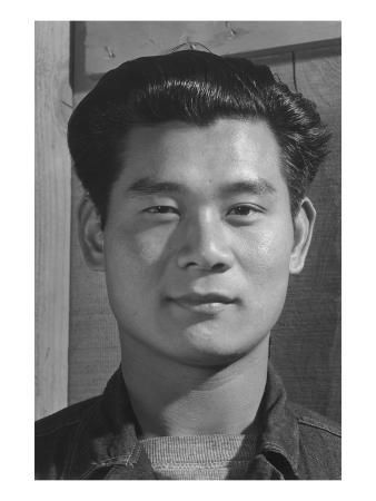 Yoshio Muramoto, Electrician