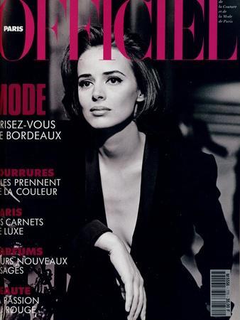 L'Officiel, October-November 1992 - Lara Harris, Qui Porte une Veste Smoking de Giorgio Armani