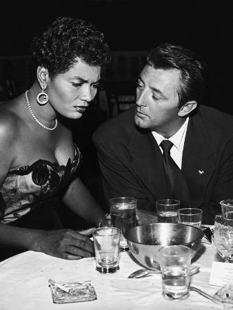 Pearl Bailey Speaks and Robert Mitchum, August 1954