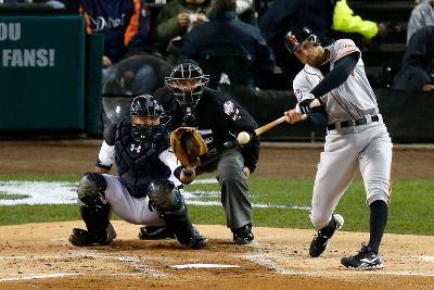 Detroit, MI - October 28: Detroit Tigers v San Francisco Giants - Hunter Pence and Max Scherzer
