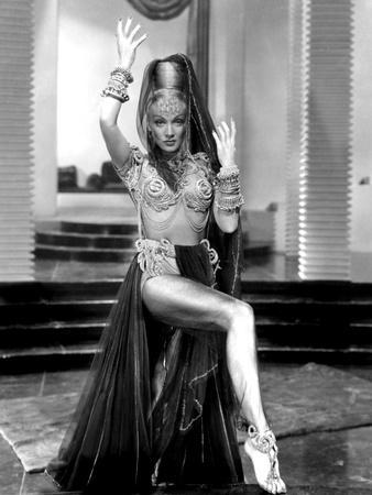 Kismet, Marlene Dietrich, 1944
